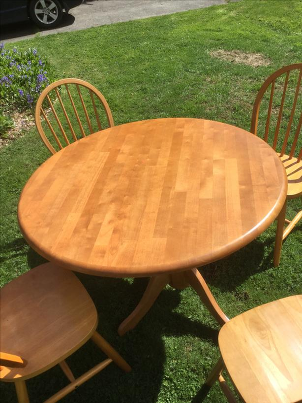 Solid Bamboo Wood Dining/Kitchen Table with 4 Chairs
