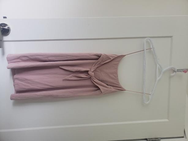 Aritzia BrandNEW size M PINK dress