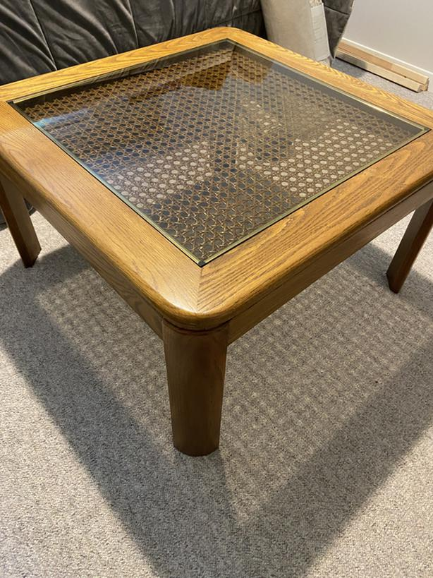 FREE: Coffee table