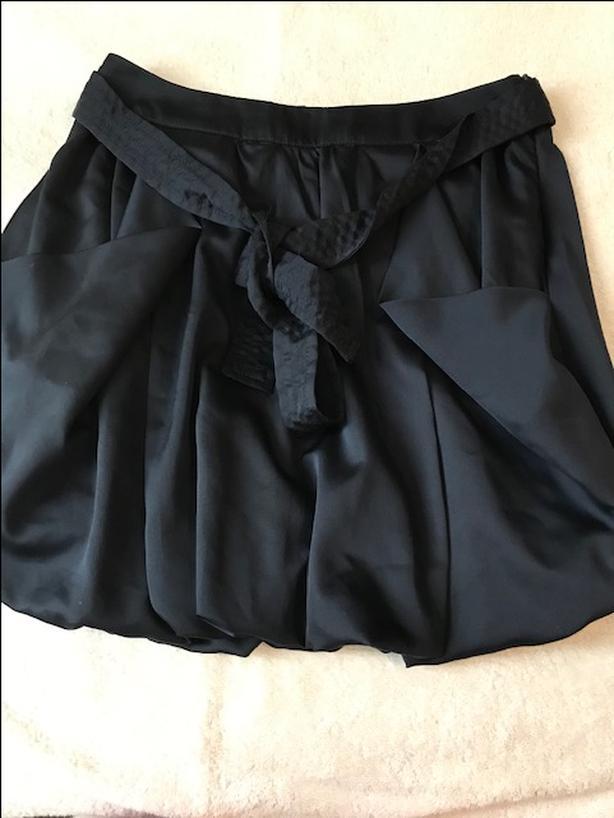 Navy bubble skirt