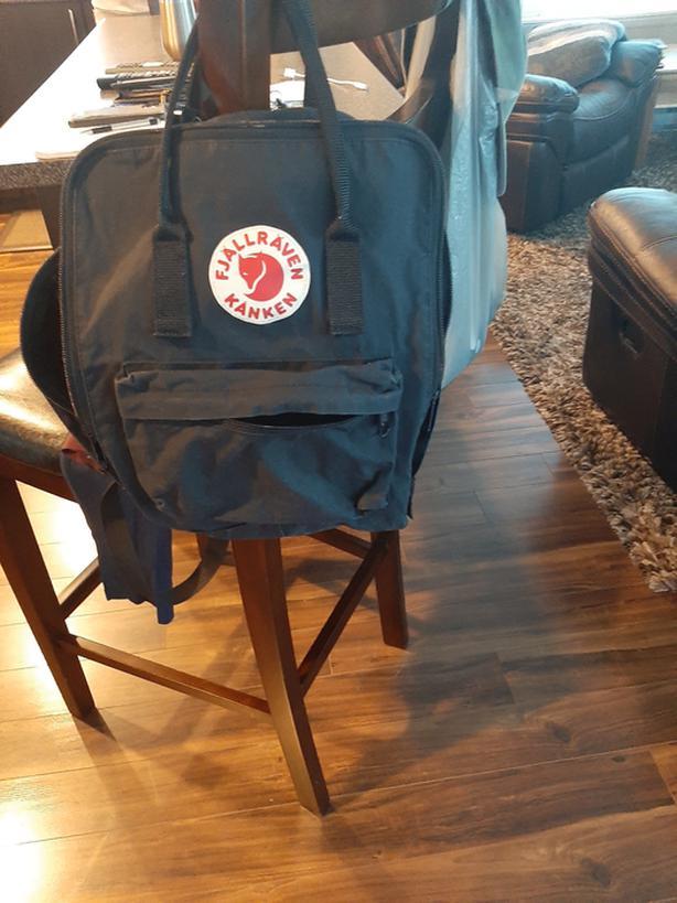 Teens Black back pack...Fjallraven Kanken
