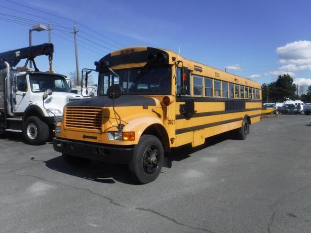 1995 International 3800 DT 466 48 Passenger Diesel Thomas School Bus With Air Br