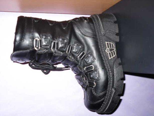 unisex madfish boots size 4