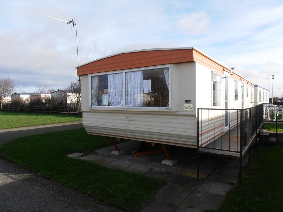 3 Bedroom 8 Berth Caravan For Hire Lyons Winkups Towyn  : 102840148934 from usedleeds.co.uk size 934 x 700 jpeg 66kB