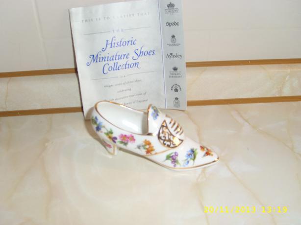 PRINCESS ROYAL Bone China Shoe