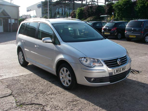 volkswagen touran sport tdi 140 auto silver 2007 aldridge dudley mobile. Black Bedroom Furniture Sets. Home Design Ideas