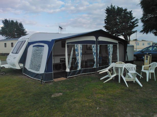 Bradcot Classic Awning Size 1020cm 2005 Model In Blue