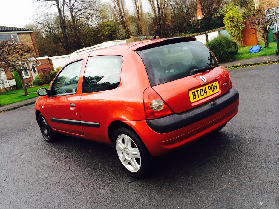 renault clio 1 5 dci diesel 2004 sandwell dudley. Black Bedroom Furniture Sets. Home Design Ideas