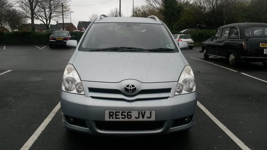 for sale toyota corola verso 7 seat 56 plate dudley sandwell. Black Bedroom Furniture Sets. Home Design Ideas