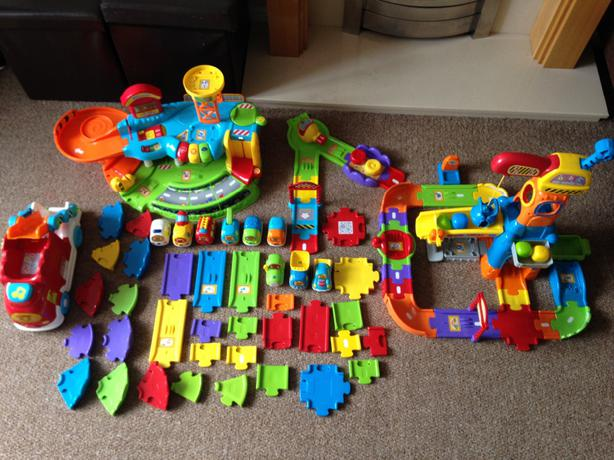 V Tech Garage : Job lot vtech toot toot garage bundle with vehicles extra track