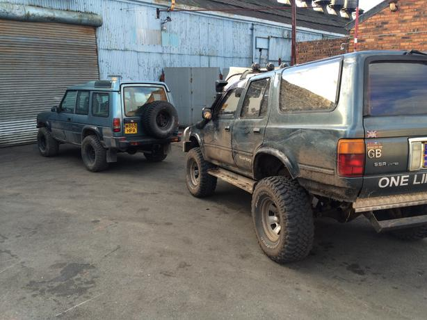 toyota hilux 4x4 offroad lifted off road tyres stourbridge dudley. Black Bedroom Furniture Sets. Home Design Ideas