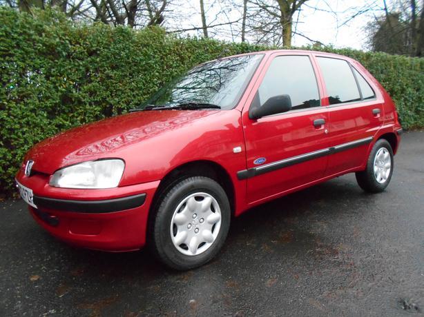 2002 peugeot 106 1 1 zest 5 door low mileage ideal for 106 door