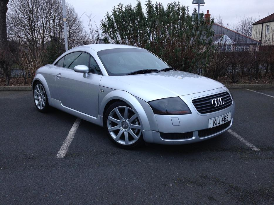 audi tt quattro 225 cheap car bilston dudley. Black Bedroom Furniture Sets. Home Design Ideas