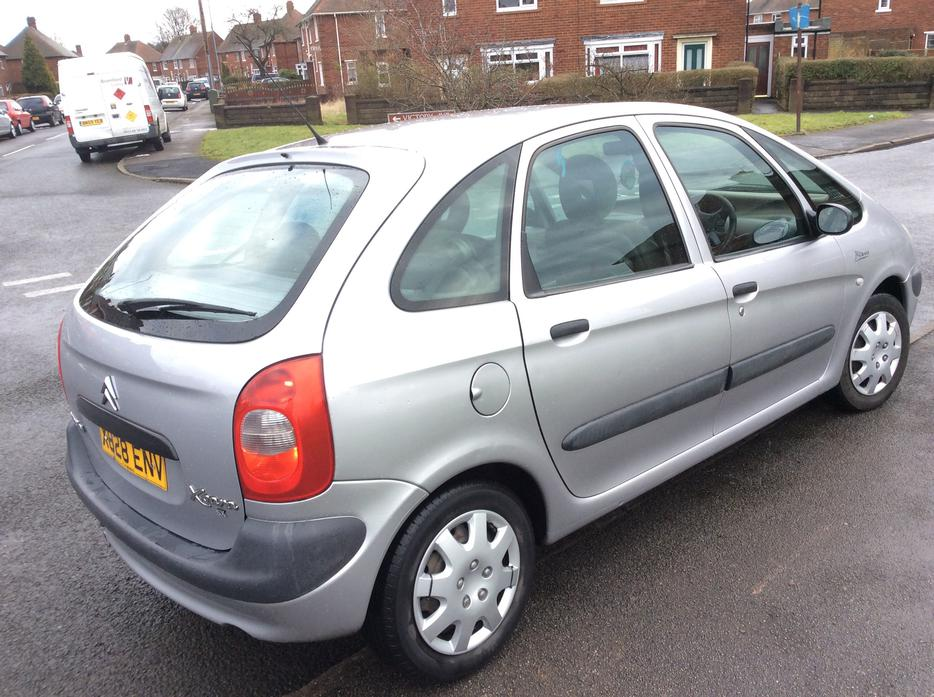 citroen xsara picasso sx 1 6 petrol x reg 2000 12 mths mot wednesbury dudley. Black Bedroom Furniture Sets. Home Design Ideas
