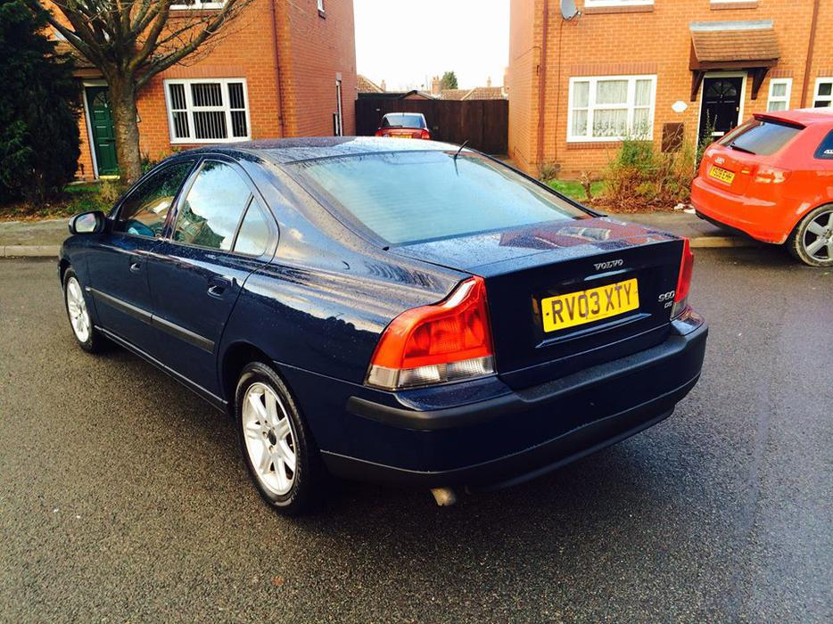 volvo s60 d5 diesel reg 2003 full black leathers etc dudley wolverhampton. Black Bedroom Furniture Sets. Home Design Ideas