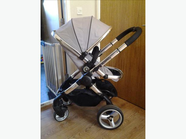 Icandy Peach Full Travel System Walsall Dudley