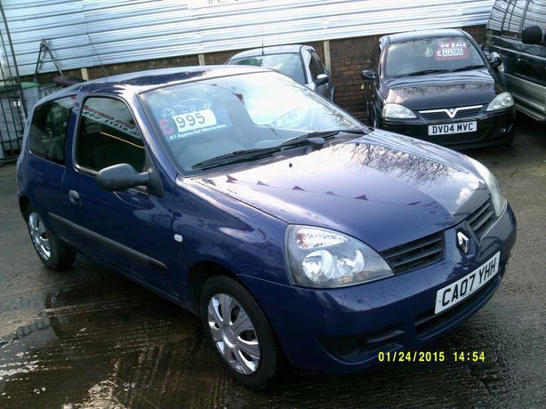 renault clio campus 1 2 2007 wednesbury dudley. Black Bedroom Furniture Sets. Home Design Ideas