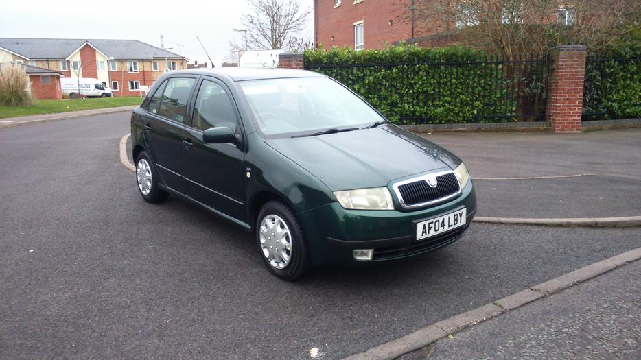 for sale skoda fabia 1 9 diesel 04 plate wolverhampton sandwell. Black Bedroom Furniture Sets. Home Design Ideas
