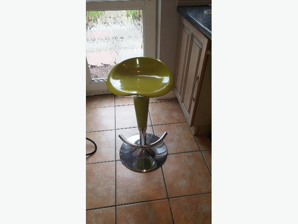 Gas powered bar stool bilston wolverhampton for Motorized bar stool for sale