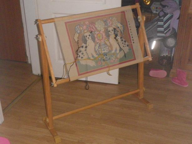 cross stitch embroidery tapestry floor wooden frame floor stand
