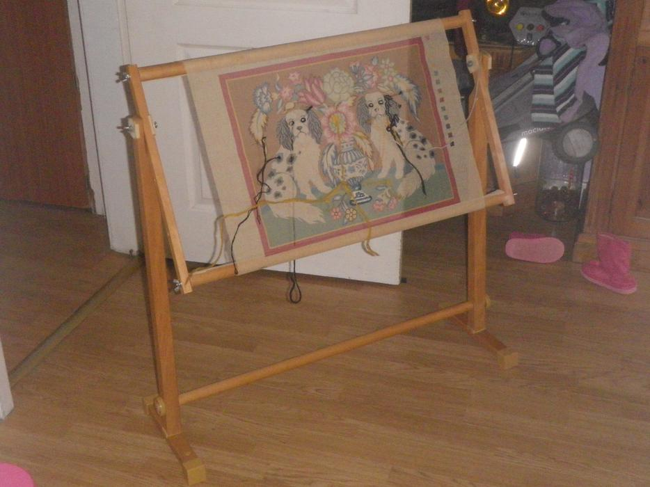 CROSS STITCH EMBROIDERY TAPESTRY FLOOR WOODEN FRAME FLOOR STAND Bloxwich Dudley