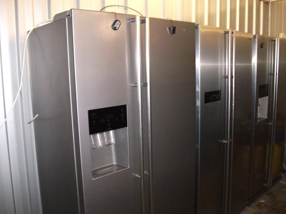 Samsung Rsh1nhmh American Style Fridge Freezer With 3