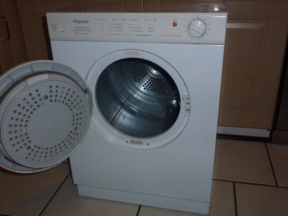 Person Tumble Dryer ~ Hotpoint small kg tumble dryer wolverhampton dudley