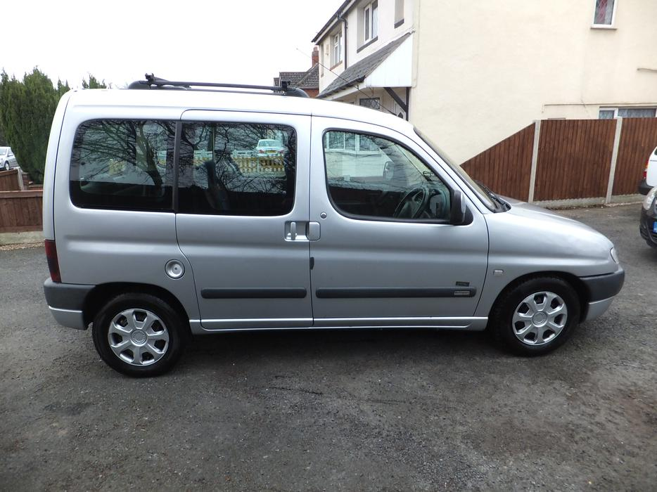 citreon berlingo 2 0 hdi diesel 2002 no offers dudley dudley. Black Bedroom Furniture Sets. Home Design Ideas