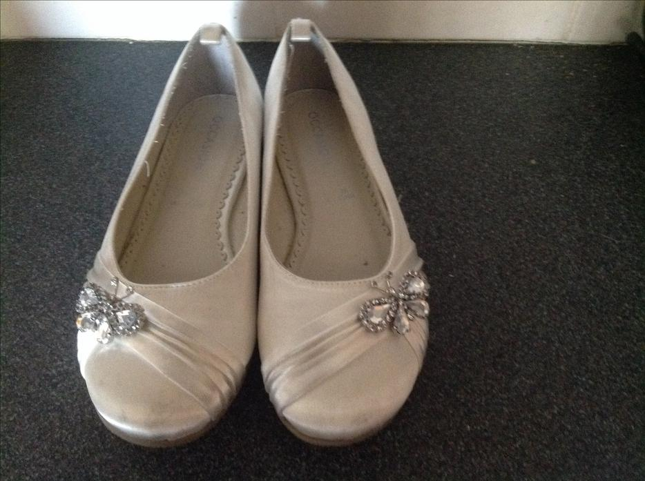 CREAM WEDDING SHOES SIZE 3 Wednesbury Dudley