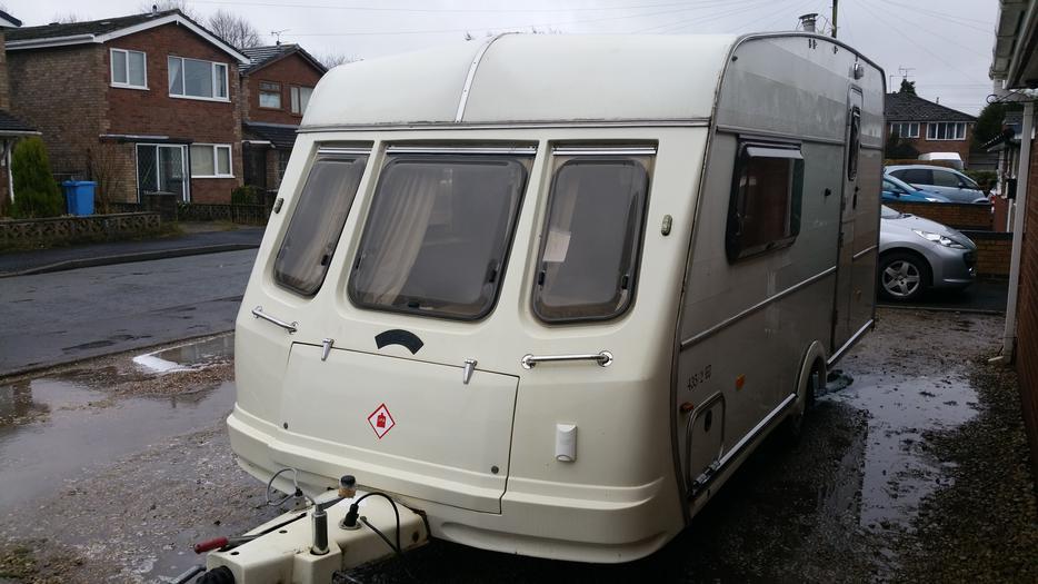 Van Royce 435 2 Et Caravan With Extra S Wolverhampton Dudley