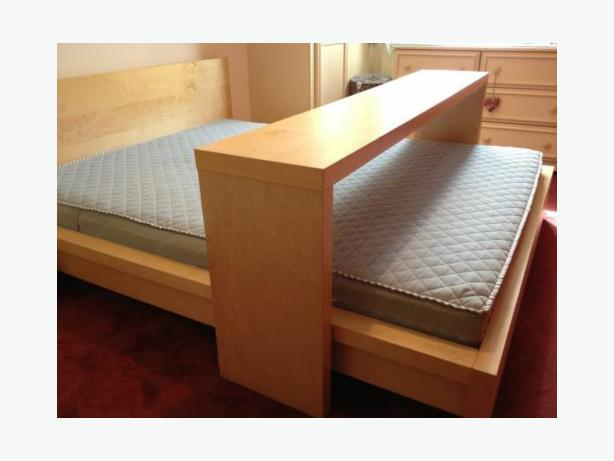 Ikea Schrank Verbindungsschrauben ~ In good condition Malm over the bed table for double king bed Has