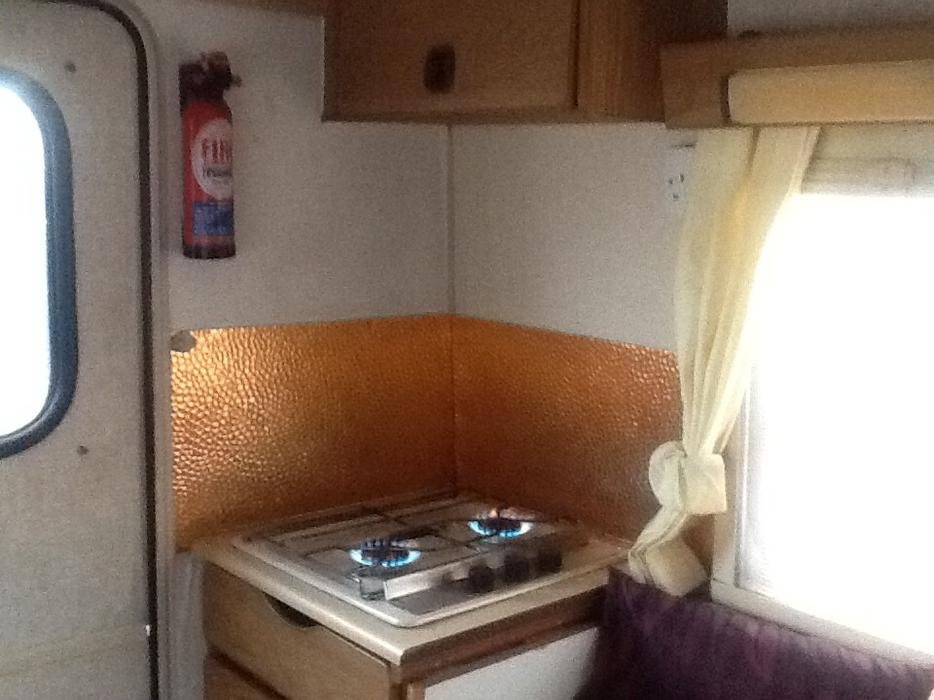 Bedford bambi campervan dudley sandwell for Mobile beauty therapist table