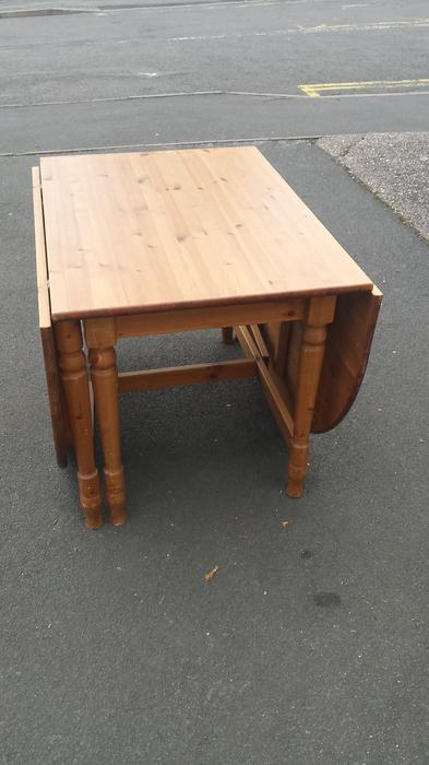 PINE DROP LEAF DINING TABLE Brierley Hill Sandwell : 104049427934 from usedsandwell.co.uk size 393 x 700 jpeg 35kB