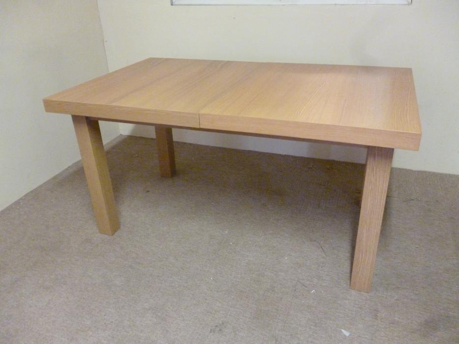 Dining Table Extend able Oak Effect Wickham Bilston Dudley : 104056729934 from www.useddudley.co.uk size 934 x 700 jpeg 57kB