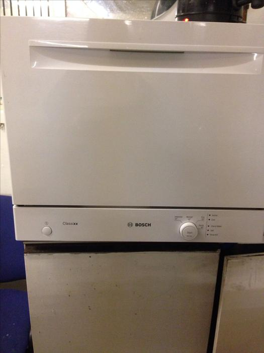 Table Top Dishwasher Uk : TABLE TOP DISHWASHER BY BOSCH **DELIVERY AVAILABLE** WOLVERHAMPTON ...