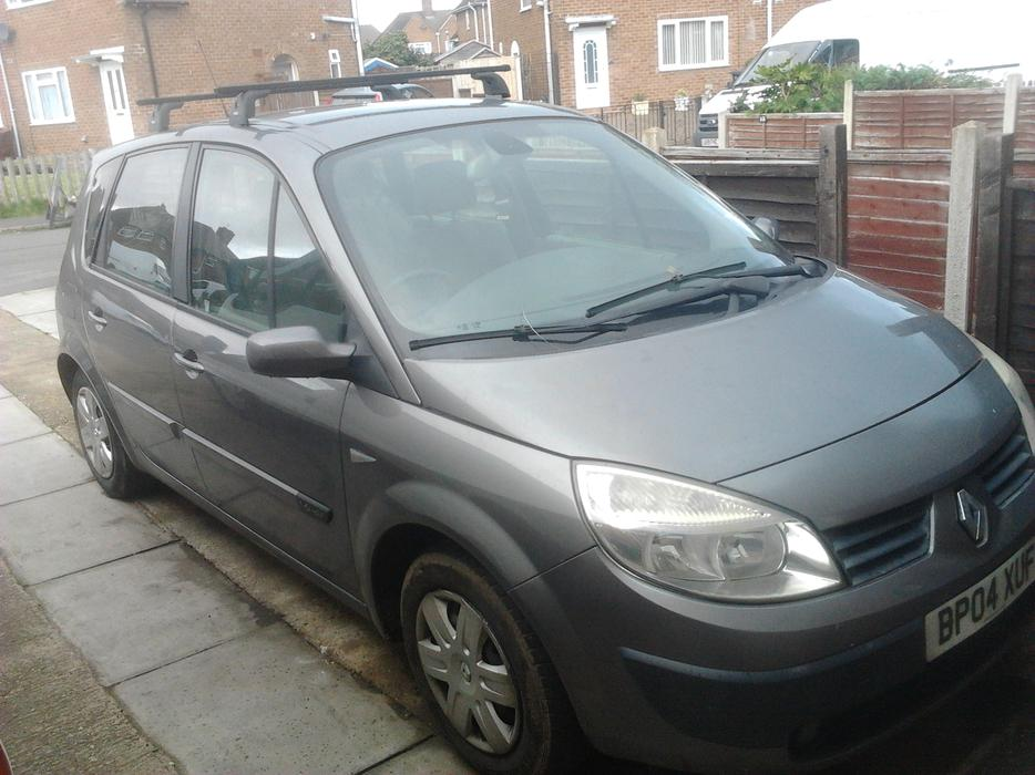 2004 renault scenic 1 6 auto outside black country region wolverhampton. Black Bedroom Furniture Sets. Home Design Ideas