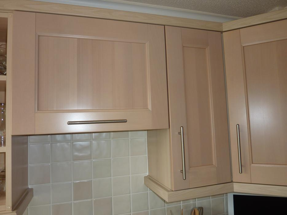 Kitchen cupboard doors drawers walsall dudley for Kitchen carcasses only