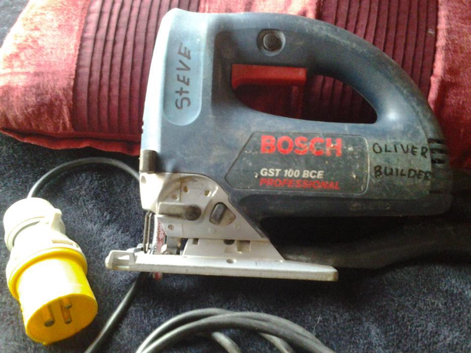 bosch jigsaw professional 110 volt gst 100 bce sandwell wolverhampton. Black Bedroom Furniture Sets. Home Design Ideas