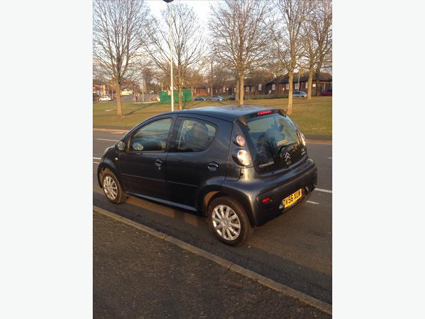 citroen c1 1 4 hdi diesel 5dr 12 months mot 20 year tax mint like aygo 107 sandwell dudley. Black Bedroom Furniture Sets. Home Design Ideas