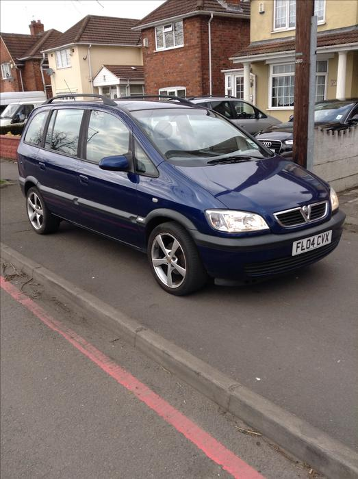 vauxhall zafira 2004 automatic walsall dudley. Black Bedroom Furniture Sets. Home Design Ideas