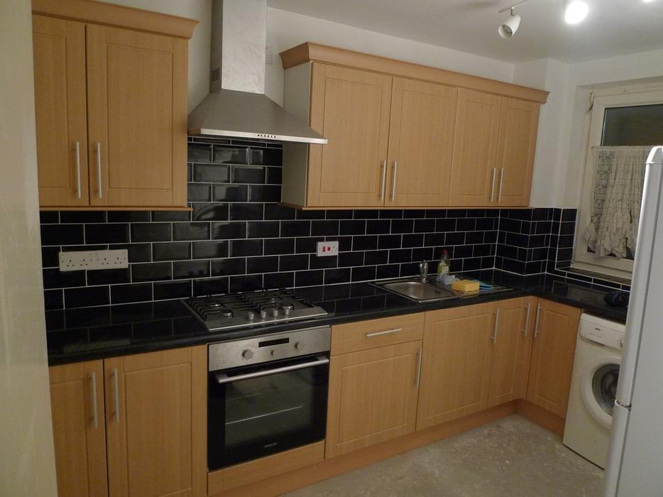 experienced kitchen fitters carpenters wolverhampton. Black Bedroom Furniture Sets. Home Design Ideas
