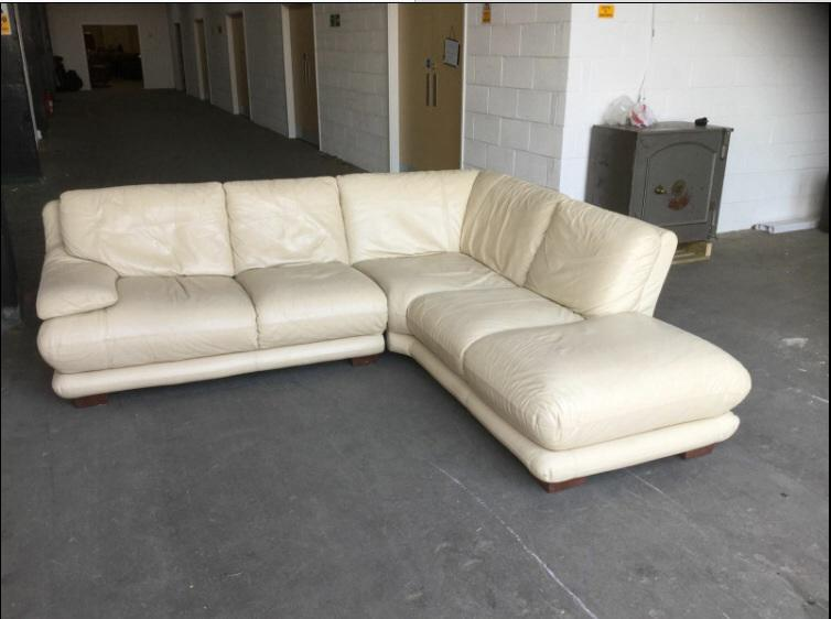 1631500 Luxury Thick Cream Leather Corner Sofa WE DELIVER UK  : 104171343934 from www.useddudley.co.uk size 754 x 562 jpeg 41kB