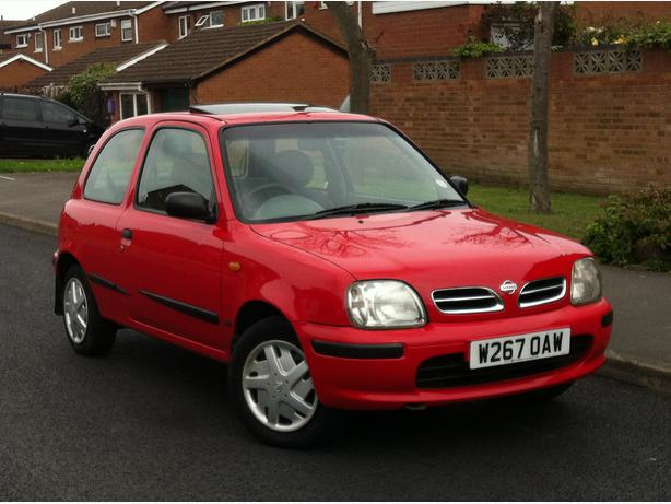 2000 w reg nissan micra celebration 1 0 petrol 3 door red tax mot good runner outside black. Black Bedroom Furniture Sets. Home Design Ideas