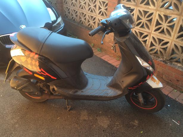 piaggio zip 50 2009  59  price dropped  need gone   dudley