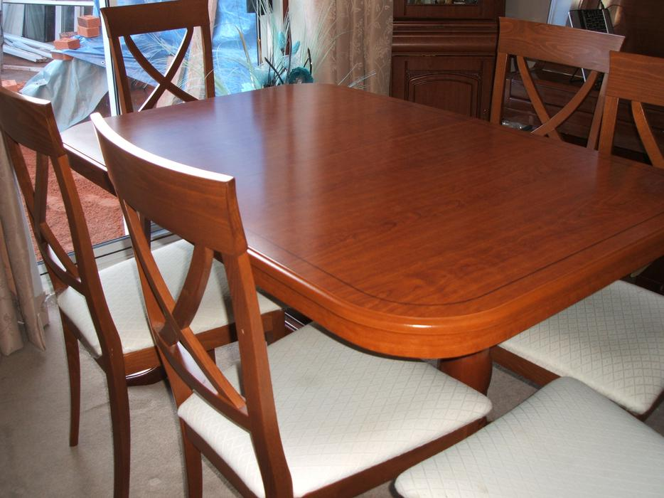 Six Seater Dinning Table And Chairs Sandwell Wolverhampton