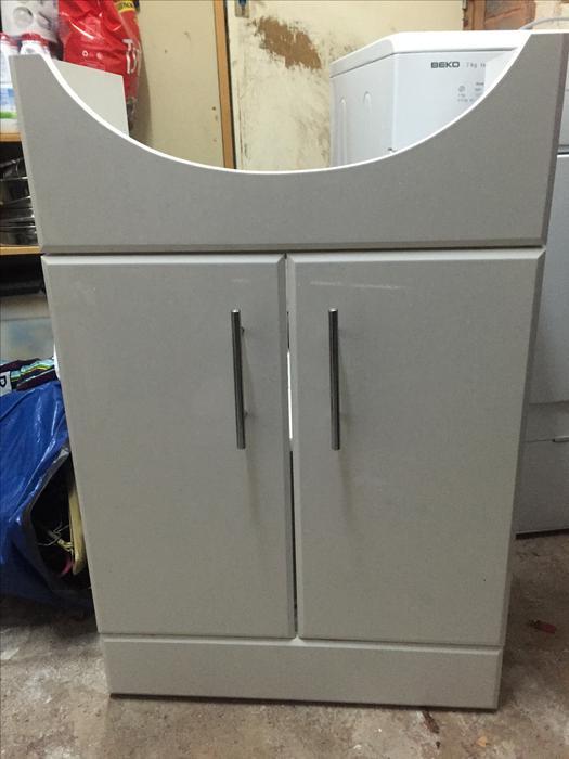 white gloss under sink bathroom cupboard cabinet unit excellent