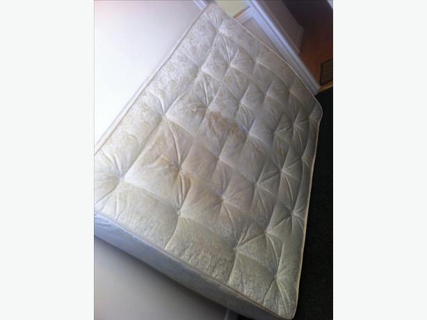 Double and single mattress good quality can deliver for Good quality single beds