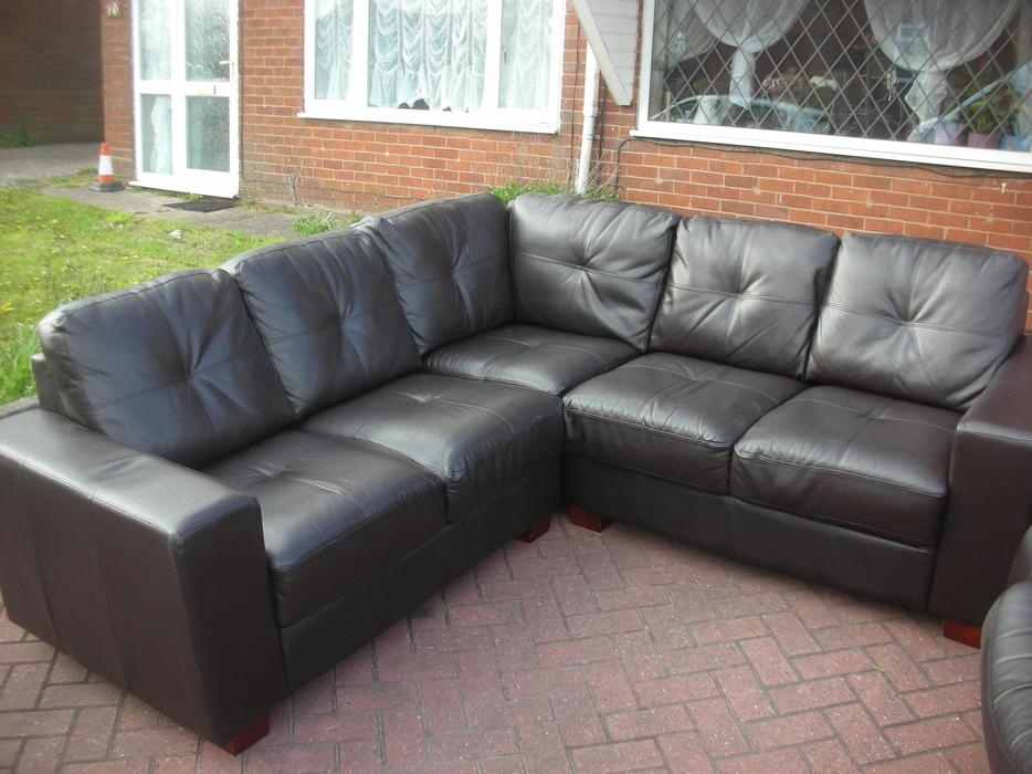 Brown leather corner sofa for sale dudley dudley for Tan couches for sale