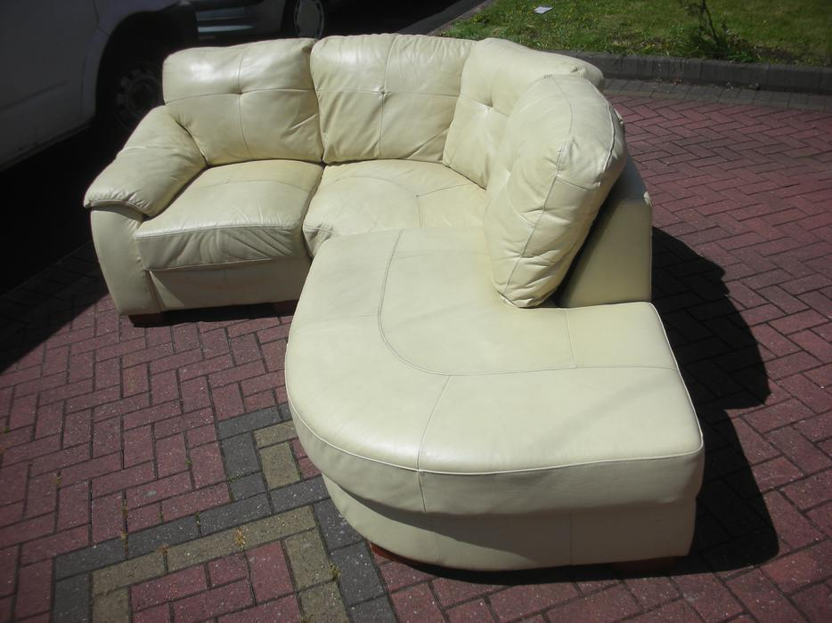 Cream corner leather sofa for sale dudley dudley for Cream sofas for sale