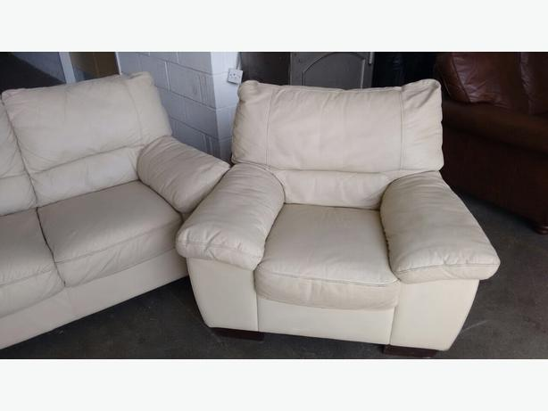 Fabulous We Deliver Uk Wide Cream Leather 3 1 1 Seater Sofa Set Theyellowbook Wood Chair Design Ideas Theyellowbookinfo
